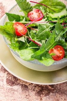 Frisse lente salade