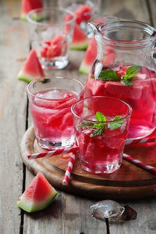 Frisse zomer cocktail met watermeloen