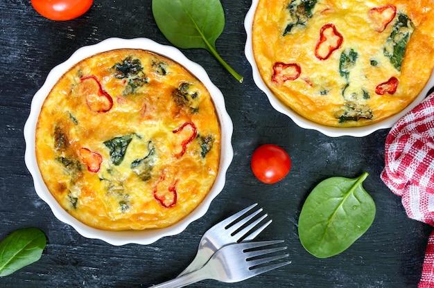 Frittata met verse groenten en spinazie