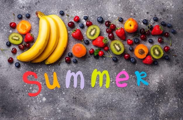 Fruit en bessen zomer
