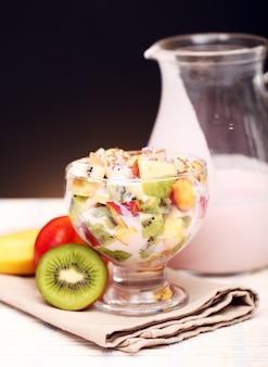 Fruitsalade met yoghurt