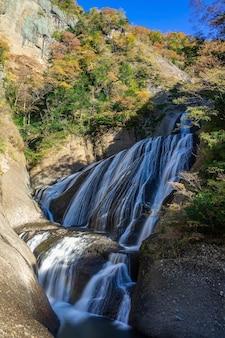 Fukuroda valt in de herfst in daigo, ibaraki prefecture, japan.