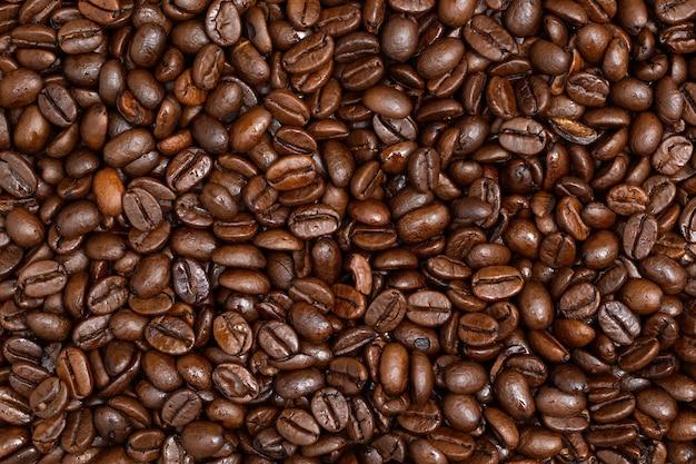 Fullframe shot van gebrande koffiebonen van dichtbij