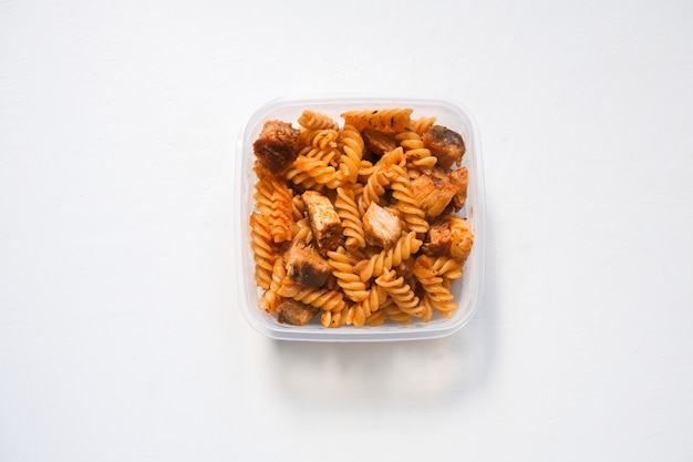 Fusilli pasta met bolognese tomatensaus