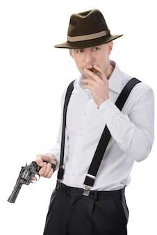 Gangster met kanonnen op wit wordt geïsoleerd dat