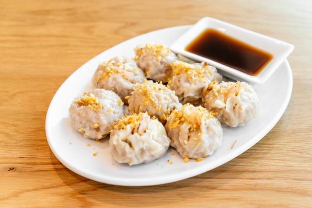 Garnalen dumplings dim sum