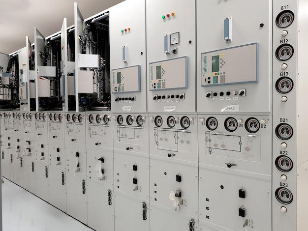 Gasgeïsoleerd schakelmateriaal met gemiddelde spanning gis-installatietest en inspectie