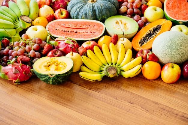 Geassorteerd en gemengd fruit