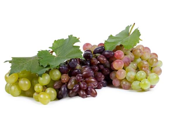 Geassorteerde trossen rode en groene druiven