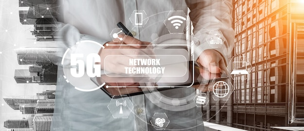 Geavanceerde communicatie en wereldwijde internetverbinding in slimme stad