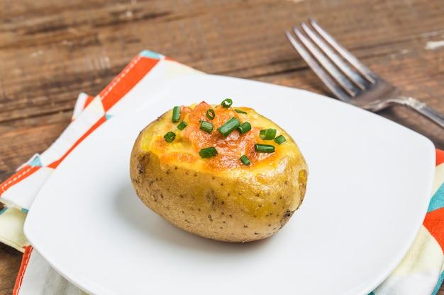 Gebakken aardappel met kaas