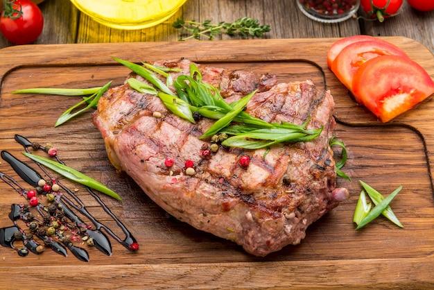 Gebakken biefstuk op been