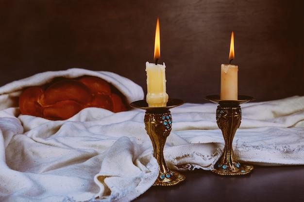 Gebakken challah heilige shabbat shalom traditioneel joods sabbat-ritueel