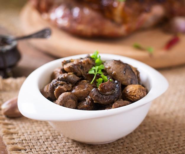Gebakken champignons met provençaalse kruiden