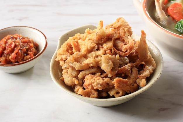 Gebakken krokante oesterzwam met sambal