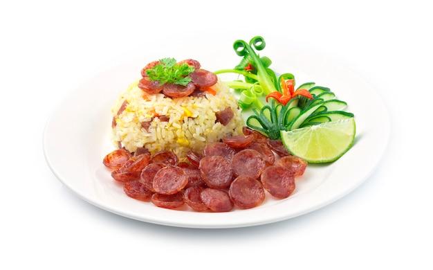 Gebakken rijst met chinese varkenssaus, ei