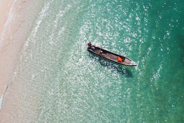 Gebiedsmening van een boot in salipant, myanmar