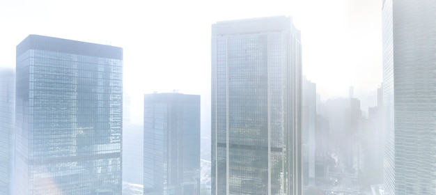 Gebouwen in de mist
