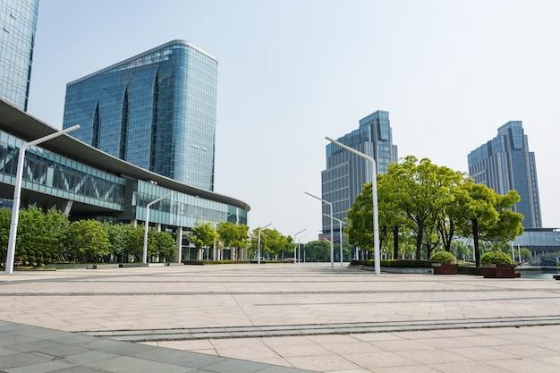 Gebouwen van verschillende ontwerpen glas