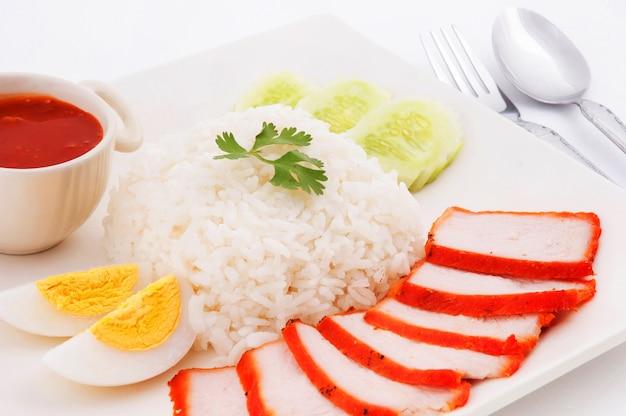 Gebraden varkensvlees met rijst