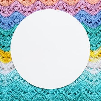 Gebreid veelkleurig katoenen canvas in lichte zomerse kleuren.