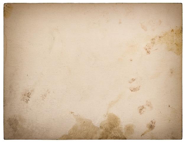 Gebruikt geweven papier karton geïsoleerd op een witte achtergrond. retro stijl afgezwakt met vignet