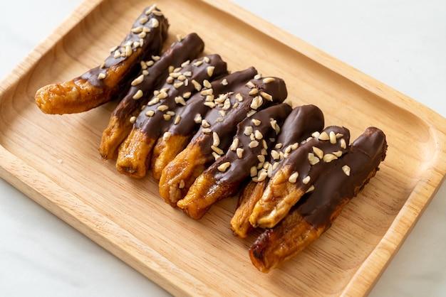 Gedroogde banaan chocolade coating of banaan gedompelde chocolade
