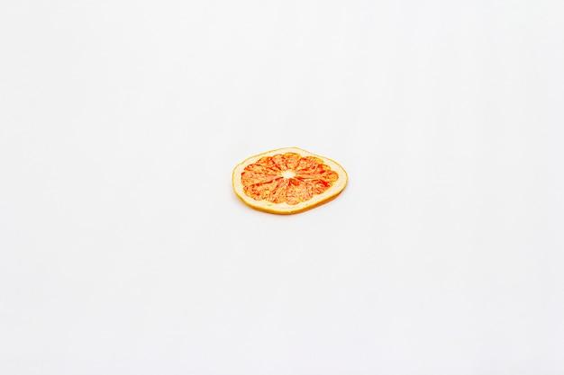 Gedroogde enkele plakje grapefruit