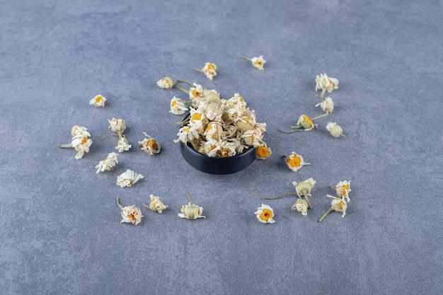 Gedroogde kamille bloemen