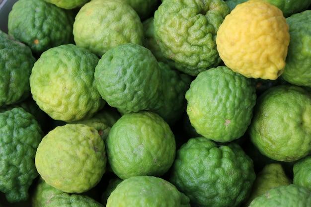 Geel en groen aziatisch organisch ingrediënt