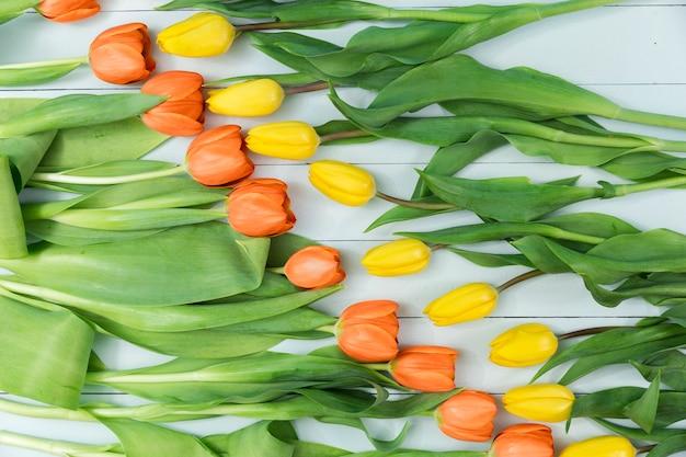 Geel en oranje tulpen