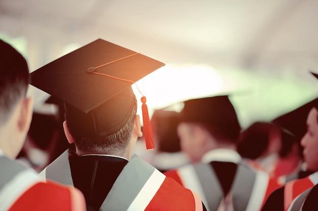 Gefeliciteerd hoed, afstuderen, universiteit