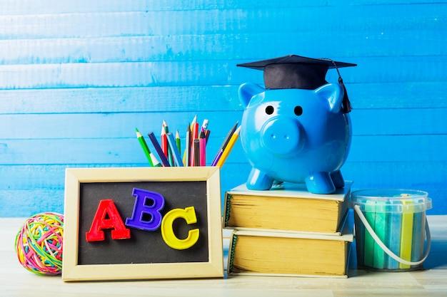 Gegradueerde student diploma spaarpot