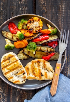 Gegrilde kip met gegrilde groenten