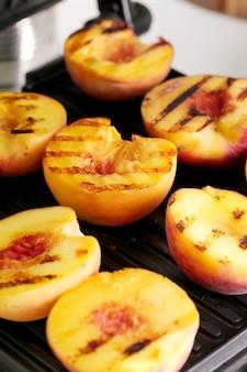 Gegrilde perziken