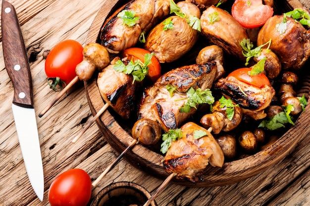 Gegrilde shish kebab of shashlik