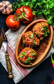Gehaktballetjes met tomatensaus