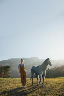 Geïllustreerde vrouw met 3d paard