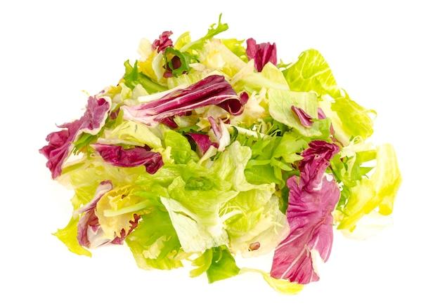 Gekleurde bladeren van verschillende salades gezonde voeding dieet