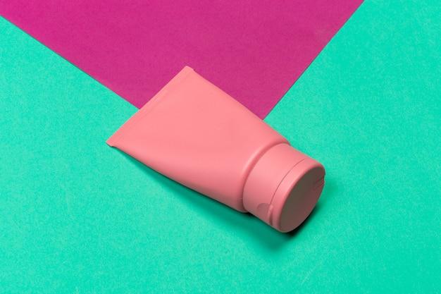 Gekleurde plastic fles