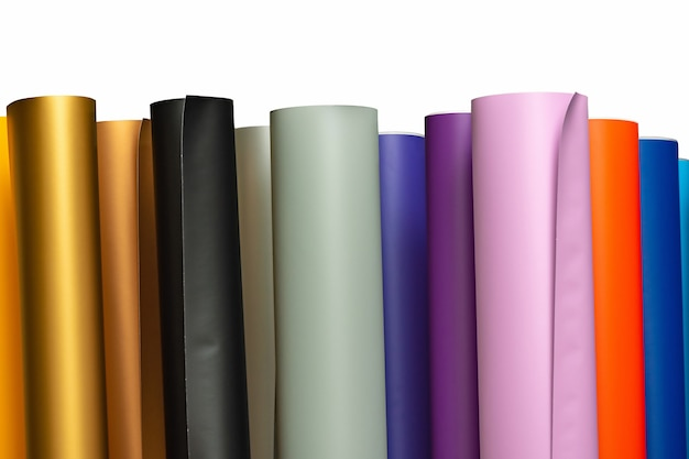Gekleurde vinyl carwrapping of plotter snijden sticker folie filmrollen. materiaal vinyl. ontwerpers