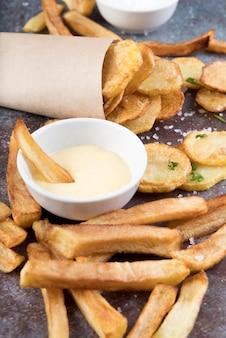 Gekookte aardappelen op verschillende manieren