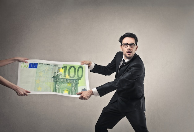 Geld aannemen in het bedrijfsleven