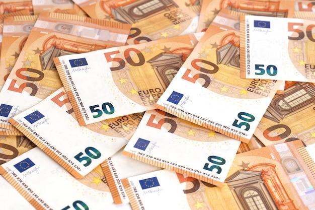 Geld achtergrond euro contant geld bankbiljetten 50 euro frame samenstelling.