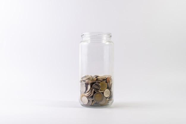 Geld besparen, geld sparen voor de toekomst van het leven.