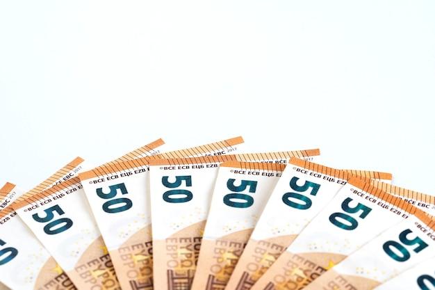 Geld contant bankbiljetten 50 euro frame samenstelling.