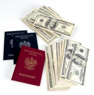Geld en paspoorten