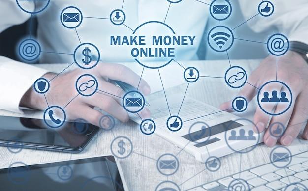 Geld verdienen online. bedrijfsconcept