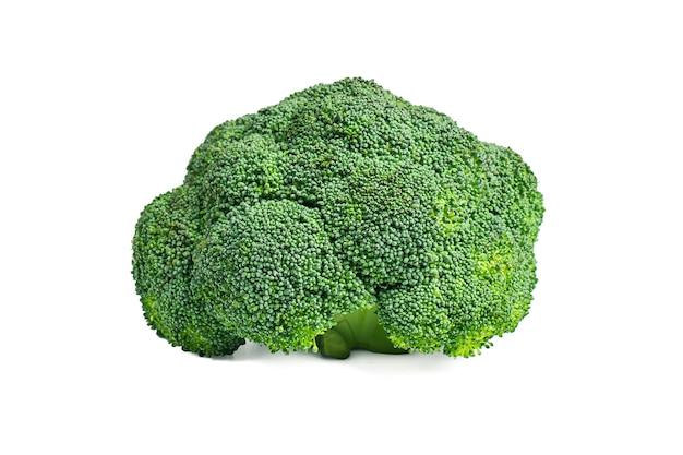 Gele broccoli op een witte achtergrond
