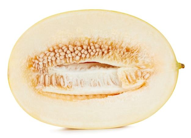 Gele galia meloen geïsoleerd op een witte ondergrond. honingdauw meloen halve uitknippad.